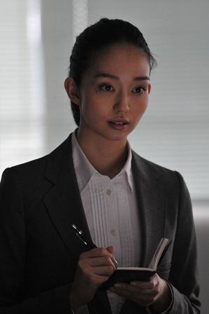 初映画に出演する松島花
